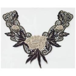 Cuello con flores